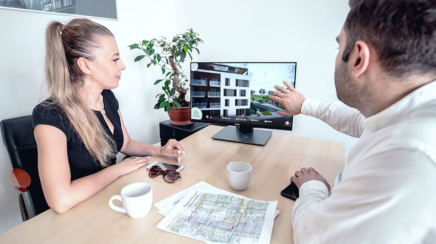makieta interaktywna 3d przy biurku